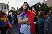 People claim the republic after abdication of King Juan Carlos I. / More than 5 thousands of people in Barcelona city took the Catalonia Square on Monday evening to demand a referendum on monarchy or republic, after King Juan Carlos announced his plans to abdicate and hand over power to his son Felipe. In Catalonia many people see the king as part of Spain's problems of the economic crisis. As the political analysts have linked the abdication to the issue of Catalonia's Independence, people on Barcelona's streets have claimed the independence supported by some political parties as CUP, ERC, ICV and others. 2th June 2014. Barcelona city center. Eva Parey/4SEE.