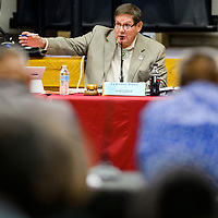 Speaker LoRenzo Bates leads a special session of the Navajo Nation Council at the Navajo Nation Department of Education in Window Rock Monday.