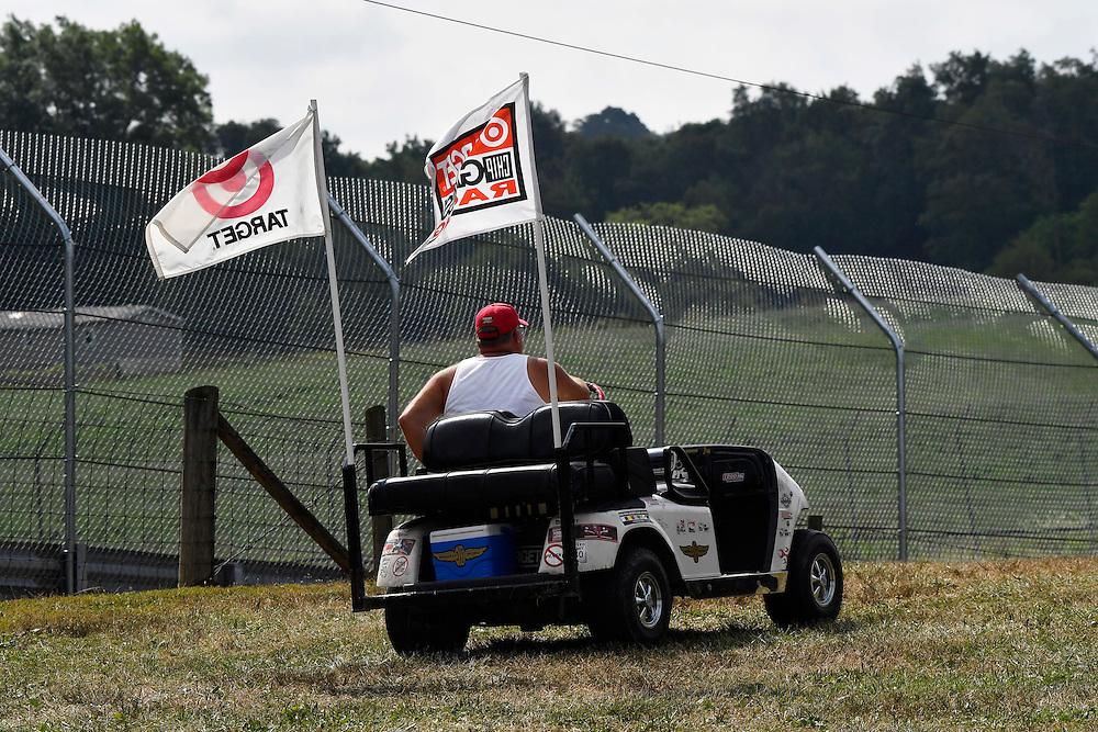 29-31 July, 2016, Lexington, Ohio USA<br /> Scott Dixon race fan<br /> ©2016, Scott R LePage <br /> LAT Photo USA