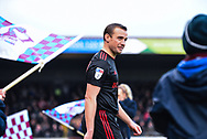 Lee Cattermole of Sunderland (6) enters the pitch before kick off during the EFL Sky Bet League 1 match between Scunthorpe United and Sunderland at Glanford Park, Scunthorpe, England on 19 January 2019.