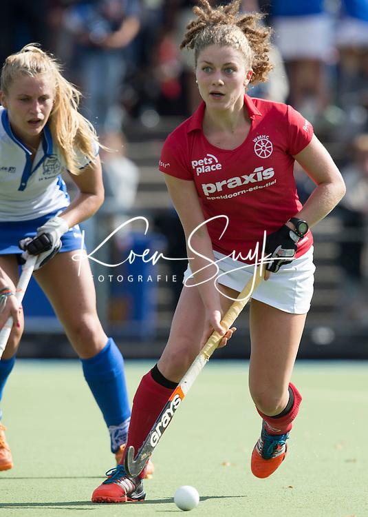 UTRECHT- HOCKEY - Matalie Sourisseau tijdens de competitie hockeywedstrijd tussen de vrouwen van Kampong en Wageningen (4-0). COPYRIGHT KOEN SUYK