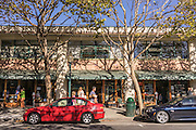 4th street is a trendy North Berkeley shopping area