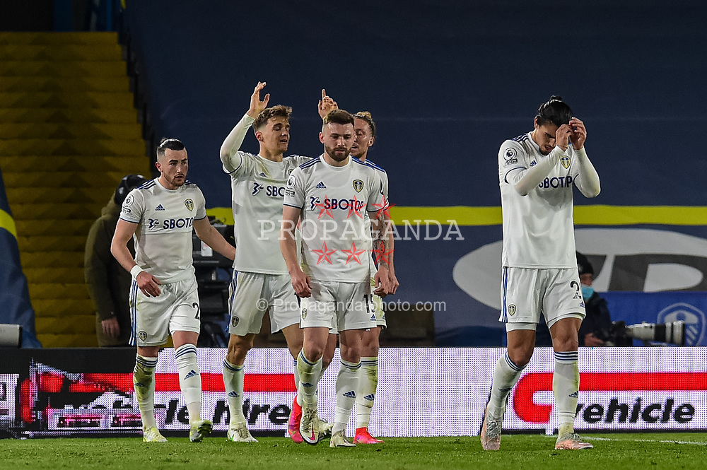 LEEDS, ENGLAND - Monday, April 19, 2021: Leeds United's Diego Llorente (C) celebrates after scoring a late equalising goal during the FA Premier League match between Leeds United FC and Liverpool FC at Elland Road. The game ended in a 1-1 draw. (Pic by Propaganda)