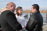 12/7/09 - 11:25:42 AM - FORTESCUE, NJ: Diana & Ken - December 7, 2009 - Fortescue, New Jersey. (Photo by William Thomas Cain/cainimages.com)