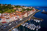 France, Pyrénées-Atlantiques (64), Pays Basque, Ciboure // France, Pyrénées-Atlantiques (64), Basque Country, Ciboure