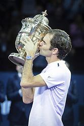 October 29, 2017 - Basel, Schweiz - Basel, Tennis - Swiss Indoors Final 2017, 29.10.2017, Roger Federer (SUI) mit dem Pokal während der Siegerehrung. (Credit Image: © Melanie Duchene/EQ Images via ZUMA Press)