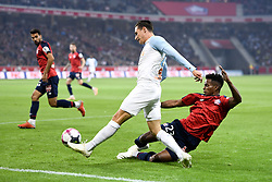 September 30, 2018 - Lille, France - 23 THIAGO MENDES (LIL) - 26 FLORIAN THAUVIN  (Credit Image: © Panoramic via ZUMA Press)