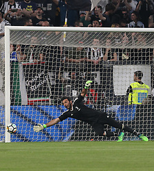 April 22, 2018 - Torino, Piemonte, Italy - in the picture: Buffon Juventus..22 April 2018 - Turin, Italy - final match between F.C. Juneventu and SSC Napoli, at the Allianz Stadium in Turin, which is awarded the Scudetto in Serie A in Italy..Napoli wins 1-0. (Credit Image: © Fabio Sasso/Pacific Press via ZUMA Wire)