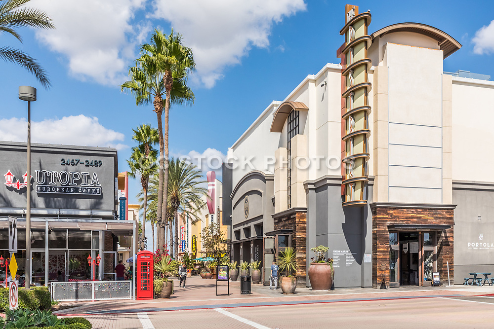 Utopia European Cafe and Portola Coffee Roasters at The District at Tustin Legacy