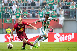 01.05.2019, Woerthersee Stadion, Klagenfurt, AUT, OeFB Uniqa Cup, FC Red Bull Salzburg vs SK Rapid Wien, Finale, im Bild v.l. Xaver Schlager (RB Salzburg), Boli Bolingoli-Mbombo (Rapid) // during the Final match of the ÖFB Uniqa Cup between FC Red Bull Salzburg and SK Rapid Wien at the Woerthersee Stadion in Klagenfurt, Austria on 2019/05/01. EXPA Pictures © 2019, PhotoCredit: EXPA/ Johann Groder