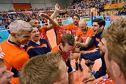31-05-2015 NED: CEV EK Kwalificatie Nederland - Spanje, Doetinchem<br /> Nederland wint met 3-1 van Spanje en plaatst zich voor het EK in Bulgarije en Italie