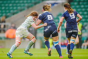 Twickenham, Surrey. UK. left, Cambridge flanker, Chloe WITHERS, gets to grips with, Oxford No.8., Sophie BEHAN,  during the 2017 Women's Varsity Rugby Match, Oxford vs Cambridge Universities. RFU Stadium, Twickenham. Surrey, England.<br /> <br /> Thursday  07.12.17  <br /> <br /> [Mandatory Credit Peter SPURRIER/Intersport Images]
