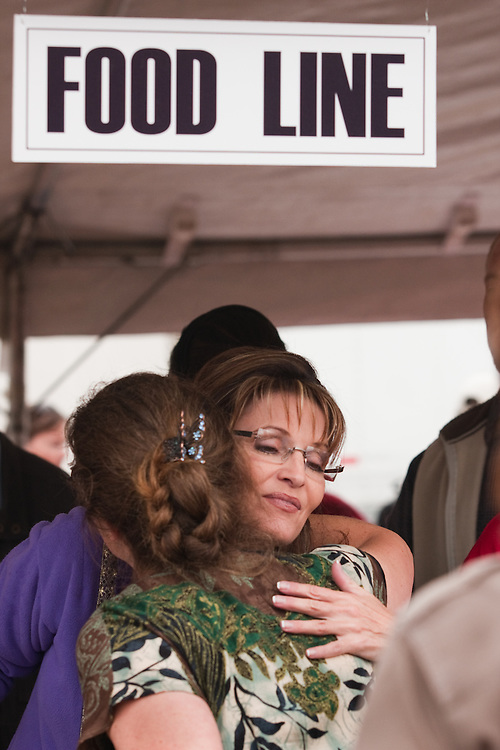 Governor Sarah Palin embraces a constituent at the Governor's Picnic, July 25, 2009, Anchorage, Alaska