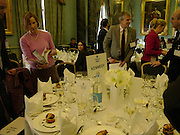 Political Studies Association awards, 2005. Institute of Directors. Pall Mall. London. 29 November 2005. ONE TIME USE ONLY - DO NOT ARCHIVE  © Copyright Photograph by Dafydd Jones 66 Stockwell Park Rd. London SW9 0DA Tel 020 7733 0108 www.dafjones.com
