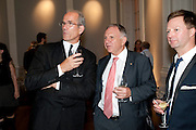 SANDY NAIRNE; ; JOHN DAUTH; AUSTRALIAN HIGH COMMISSIONER; , MCA Sydney cocktails. Brandon rooms. ICA. London. 11 October 2011. <br /> <br />  , -DO NOT ARCHIVE-© Copyright Photograph by Dafydd Jones. 248 Clapham Rd. London SW9 0PZ. Tel 0207 820 0771. www.dafjones.com.