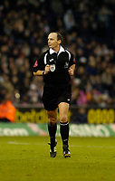 Photo: Leigh Quinnell.<br /> West Bromwich Albion v Manchester City. The Barclays Premiership. 10/12/2005. Referee Mike Dean.