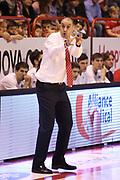 DESCRIZIONE : Campionato 2015/16 Giorgio Tesi Group Pistoia - Acqua Vitasnella Cantù<br /> GIOCATORE : Esposito Vincenzo<br /> CATEGORIA : Coach Allenatore Mani<br /> SQUADRA : Giorgio Tesi Group Pistoia<br /> EVENTO : LegaBasket Serie A Beko 2015/2016<br /> GARA : Giorgio Tesi Group Pistoia - Acqua Vitasnella Cantù<br /> DATA : 08/11/2015<br /> SPORT : Pallacanestro <br /> AUTORE : Agenzia Ciamillo-Castoria/S.D'Errico<br /> Galleria : LegaBasket Serie A Beko 2015/2016<br /> Fotonotizia : Campionato 2015/16 Giorgio Tesi Group Pistoia - Sidigas Avellino<br /> Predefinita :