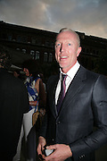 DAMIEN WHITEMORE, V and A celebrates 150th anniversary. V and A. London. 26 June 2007.  -DO NOT ARCHIVE-© Copyright Photograph by Dafydd Jones. 248 Clapham Rd. London SW9 0PZ. Tel 0207 820 0771. www.dafjones.com.