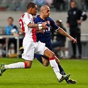 NLD/Amsterdam/20100731 - Wedstrijd om de JC schaal 2010 tussen Ajax - FC Twente, Toby Alderweireld in duel met