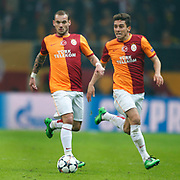 Galatasaray's Wesley Sneijder (L) during their UEFA Champions League Round of 16 First leg soccer match Galatasaray between Chelsea at the AliSamiYen Spor Kompleksi in Istanbul, Turkey on Wednesday 26 February 2014. Photo by Aykut AKICI/TURKPIX