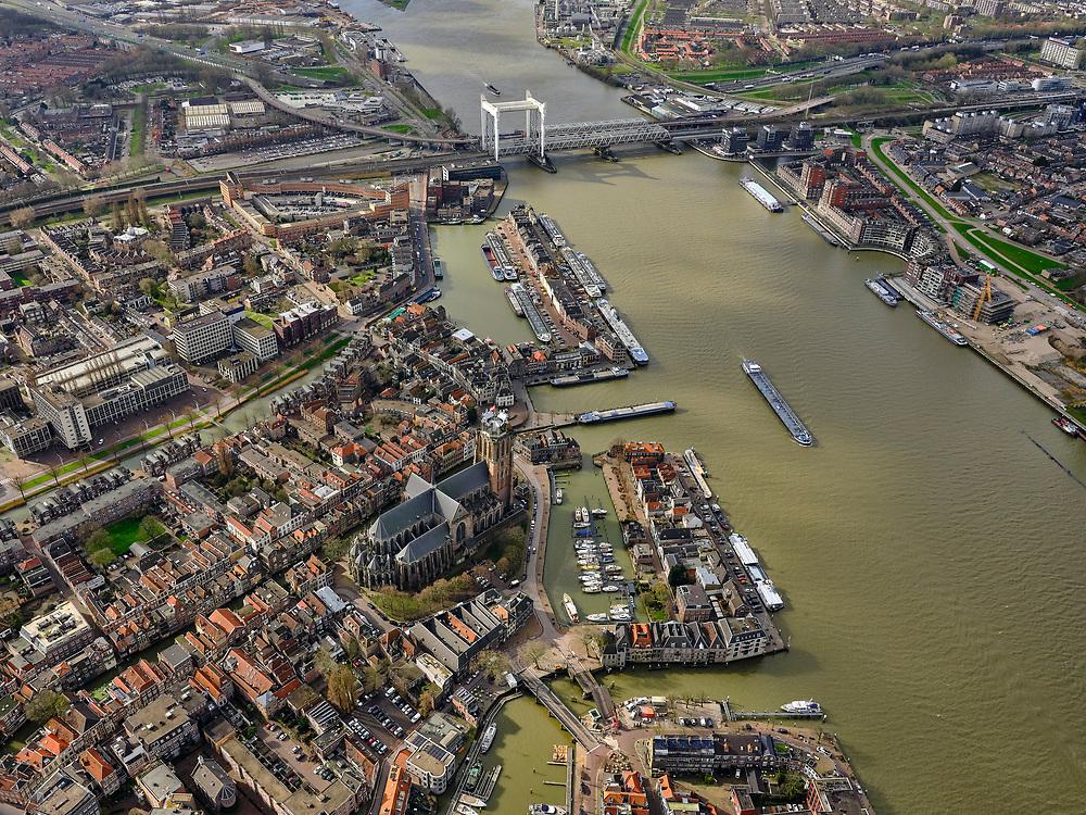 Nederland, Zuid-Holland, Dordrecht, 25-02-2020; Oude Maas, met Spoorbrug Dordrecht(Grote brug) tussen Dordrecht enZwijndrecht (rechts). Zicht binnenstad Dordrecht, met Nieuwe Haven en Grote Kerk of Onze-Lieve-Vrouwekerk. <br /> Oude Maas (old Meuse), with Railway Bridge Dordrecht between Dordrecht and Zwijndrecht (rechts). View of Dordrecht old town.<br /> <br /> luchtfoto (toeslag op standard tarieven);<br /> aerial photo (additional fee required)<br /> copyright © 2020 foto/photo Siebe Swart