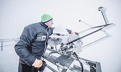 THEMENBILD - Hermann Scheer (Observatoriums Techniker) am Sonnblick Observatorium, aufgenommen am 20. November 2018, Rauris, Österreich // Hermann Scheer (observatory technician) at the Observatory Sonnblick on 2018/11/20, Rauris, Austria. EXPA Pictures © 2018, PhotoCredit: EXPA/ JFK