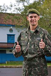O capitão do Exército Luis Fernando Ribeiro de Sousa,  é candidato a deputado federal nas eleições de 2010. FOTO: Lucas Uebel/Preview.com