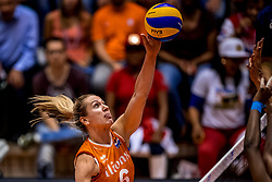 05-06-2018 NED: Volleyball Nations League Netherlands - Dominican Republic, Rotterdam<br /> Netherlands win in straight sets 3-0 / Maret Balkestein-Grothues #6 of Netherlands