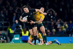 New Zealand replacement Sonny Bill Williams is tackled by Australia Full Back Israel Folau - Mandatory byline: Rogan Thomson/JMP - 07966 386802 - 31/10/2015 - RUGBY UNION - Twickenham Stadium - London, England - New Zealand v Australia - Rugby World Cup 2015 FINAL.
