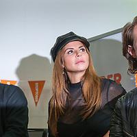 """Nederland, Amsterdam , 8 september 2017.<br /> Kick-off van de campagne stoptober  waarbij wij het Nederlandse volk aansporen om in oktober 28 dagen te stoppen met roken. Onze bekende stoppers, Nielson, Olcay Gulsen en 100%NL DJ Koen Hansen, zullen de grote oranje Stoptober Bal symbolisch wegtrappen, om de campagne af te trappen. Tevens wordt het stoptober magazine onthuld en zullen de deelnemers van het """"wij stoppen!"""" – stophuis geïntroduceerd worden. Ook de stoptober camper, die het hele land rond zal gaan rijden om mensen aan te sporen om te stoppen met roken, is aanwezig.<br /> <br /> Foto: Jean-Pierre Jans"""