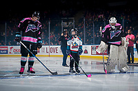 KELOWNA, CANADA - OCTOBER 21: The Pepsi player of the game lines up between James Hilsendager #2 and  James Porter #1 of the Kelowna Rockets against the Portland Winterhawks on October 21, 2017 at Prospera Place in Kelowna, British Columbia, Canada.  (Photo by Marissa Baecker/Shoot the Breeze)  *** Local Caption ***