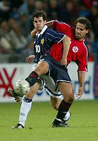 Fotball<br /> Landskamp Ullevaal Stadion 20.08.2003<br /> Norge v Skottland<br /> Stephen Crawford - Dunfermline<br /> Martin Andresen - Stabæk<br /> Foto: Morten Olsen, Digitalsport