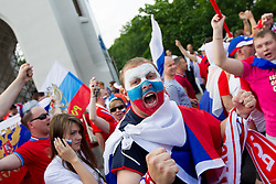 12-06-2012 VOETBAL: UEFA EURO 2012 DAY 5: POLEN OEKRAINE<br /> Russian fans at march through Warsaw to mark their national day before UEFA EURO 2012 group A match between Poland and Russia<br /> ***NETHERLANDS ONLY***<br /> ©2012-FotoHoogendoorn.nl