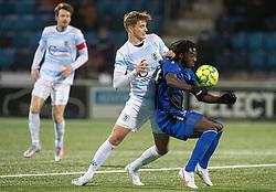 Hans Christian Bonnesen (FC Helsingør) og Jubril Adedeji (HB Køge) under kampen i 1. Division mellem HB Køge og FC Helsingør den 4. december 2020 på Capelli Sport Stadion i Køge (Foto: Claus Birch).