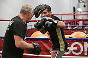 Boxen: Agon Sports, Berlin, 17.07.2020<br /> Jack Culcay und Trainer Michael Stachewicz<br /> © Torsten Helmke