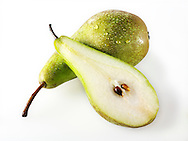 Fresh conference pears whole and cut