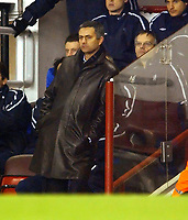 Fotball<br /> Premier League 2004/05<br /> Arsenal v Chelsea<br /> Highbury<br /> 12. desember 2004<br /> Foto: Digitalsport<br /> NORWAY ONLY<br /> An Unhappy Jose Morinho Manager as Arsenal take the lead at 2-1