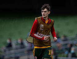 DUBLIN, REPUBLIC OF IRELAND - Sunday, October 11, 2020: Wales' substitute Dylan Levitt warms-up during the UEFA Nations League Group Stage League B Group 4 match between Republic of Ireland and Wales at the Aviva Stadium. The game ended in a 0-0 draw. (Pic by David Rawcliffe/Propaganda)