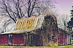 I love shooting old barns ans similar structures. Something about them that capture something timeless. This one is in New Melle Missouri