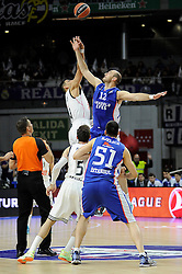 15.04.2015, Palacio de los Deportes stadium, Madrid, ESP, Euroleague Basketball, Real Madrid vs Anadolu Efes Istanbul, Playoffs, im Bild Real Madrid´s Gustavo Ayon and Anadolu Efes´s Nenad Krstic // during the Turkish Airlines Euroleague Basketball 1st final match between Real Madrid vand Anadolu Efes Istanbul t the Palacio de los Deportes stadium in Madrid, Spain on 2015/04/15. EXPA Pictures © 2015, PhotoCredit: EXPA/ Alterphotos/ Luis Fernandez<br /> <br /> *****ATTENTION - OUT of ESP, SUI*****