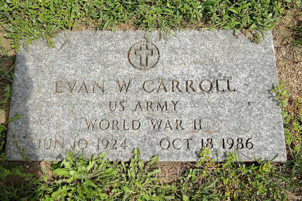 31 August 2017:   Veterans graves in Park Hill Cemetery in eastern McLean County.<br /> <br /> Evan W Carroll  US Army  World War II  Jun 10 1924  Oct 18 1986
