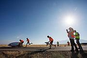 Iris Slappendel gaat van start tijdens de kwalificaties op maandagmorgen. Het Human Power Team Delft en Amsterdam, dat bestaat uit studenten van de TU Delft en de VU Amsterdam, is in Amerika om tijdens de World Human Powered Speed Challenge in Nevada een poging te doen het wereldrecord snelfietsen voor vrouwen te verbreken met de VeloX 7, een gestroomlijnde ligfiets. Het record is met 121,44 km/h sinds 2009 in handen van de Francaise Barbara Buatois. De Canadees Todd Reichert is de snelste man met 144,17 km/h sinds 2016.<br /> <br /> With the VeloX 7, a special recumbent bike, the Human Power Team Delft and Amsterdam, consisting of students of the TU Delft and the VU Amsterdam, wants to set a new woman's world record cycling in September at the World Human Powered Speed Challenge in Nevada. The current speed record is 121,44 km/h, set in 2009 by Barbara Buatois. The fastest man is Todd Reichert with 144,17 km/h.