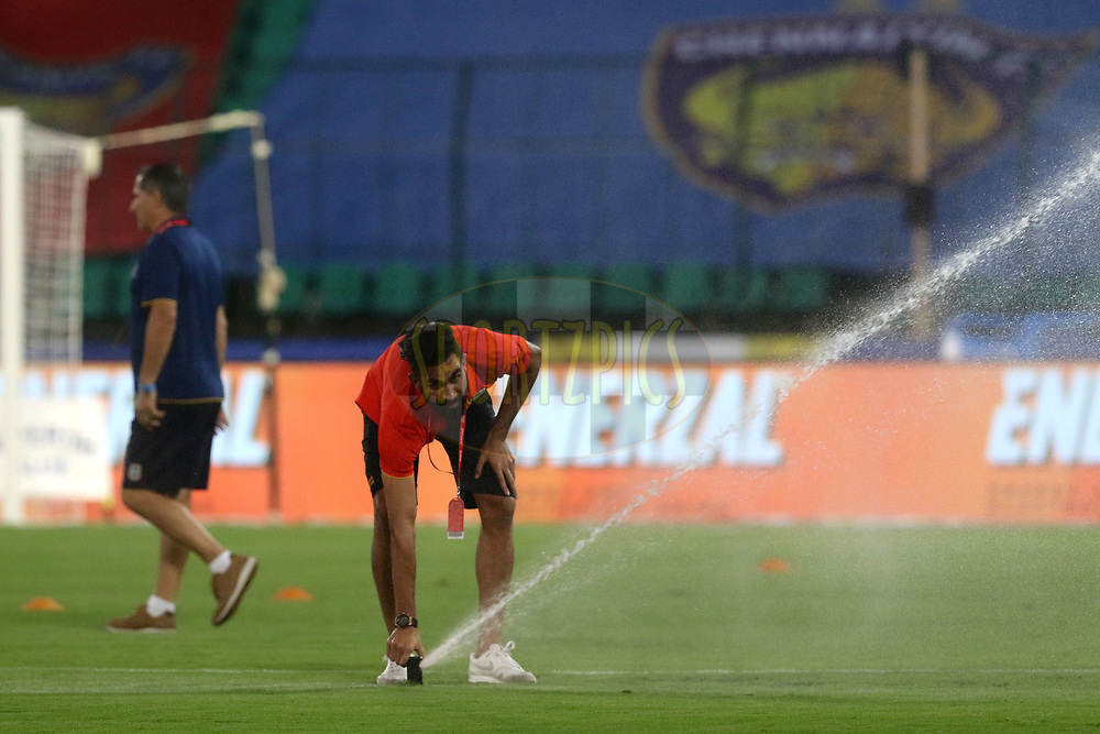 Amrinder Singh of Mumbai City FC before the start of the match 27 of the Hero Indian Super League 2018 ( ISL ) between Chennaiyin FC and Mumbai City FC  held at the Jawaharlal Nehru Stadium, Chennai, India on the 3rd November 2018<br /> <br /> Photo by: Vipin Pawar /SPORTZPICS for ISL