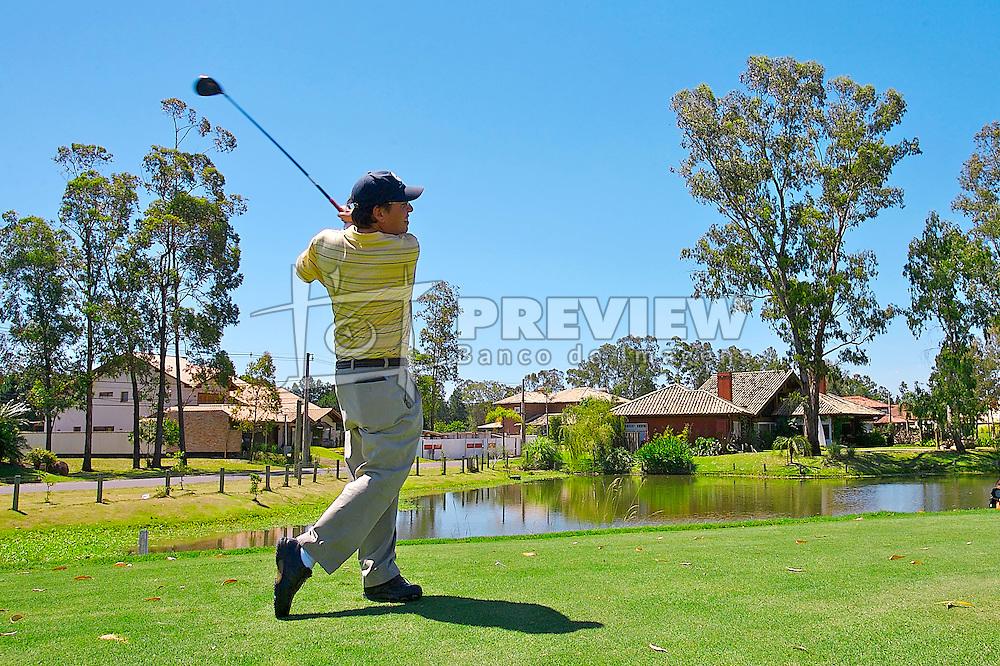 Lance de jogo do XIII Aberto do Belém Novo Golf Club.  FOTO: Jefferson Bernardes/Preview.com