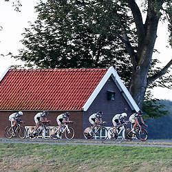 27-09-2016: Wielrennen: Olympia Tour: HardenbergHARDENBERG (NED) wielrennenNederlands oudste wielerkoers ging van start in Hardenberg met een ploegentijdrit. Willebrord Wil Vooruit-Restore