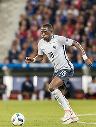 19.06.2016, Stade Pierre Mauroy, Lille, FRA, UEFA Euro, Frankreich, Schweiz vs Frankreich, Gruppe A, im Bild Moussa Sissoko (FRA) // Moussa Sissoko (FRA) during Group A match between Switzerland and France of the UEFA EURO 2016 France at the Stade Pierre Mauroy in Lille, France on 2016/06/19. EXPA Pictures © 2016, PhotoCredit: EXPA/ JFK