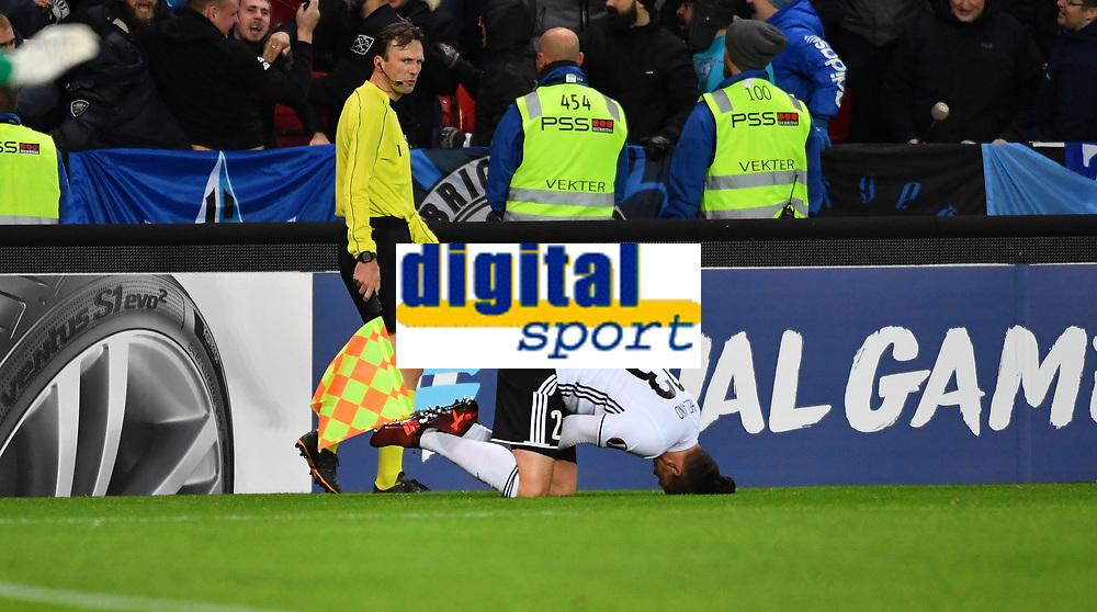 Fotball Menn UEFA Europa League<br /> Rosenborg - Zenit<br /> Lerkendal Stadium, Trondheim, Norway<br /> 2 november 2017<br /> <br /> Rosenborgs Pål Andre Helland nede for telling<br /> <br /> <br /> Foto : Arve Johnsen, Digitalsport