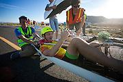 Alexey is gefinisht op de vierde racedag. In Battle Mountain (Nevada) wordt ieder jaar de World Human Powered Speed Challenge gehouden. Tijdens deze wedstrijd wordt geprobeerd zo hard mogelijk te fietsen op pure menskracht. Ze halen snelheden tot 133 km/h. De deelnemers bestaan zowel uit teams van universiteiten als uit hobbyisten. Met de gestroomlijnde fietsen willen ze laten zien wat mogelijk is met menskracht. De speciale ligfietsen kunnen gezien worden als de Formule 1 van het fietsen. De kennis die wordt opgedaan wordt ook gebruikt om duurzaam vervoer verder te ontwikkelen.<br /> <br /> Alexey has finished on the fourth racing day. In Battle Mountain (Nevada) each year the World Human Powered Speed ??Challenge is held. During this race they try to ride on pure manpower as hard as possible. Speeds up to 133 km/h are reached. The participants consist of both teams from universities and from hobbyists. With the sleek bikes they want to show what is possible with human power. The special recumbent bicycles can be seen as the Formula 1 of the bicycle. The knowledge gained is also used to develop sustainable transport.