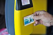 Nederland, Ochten, 14-7-2011Een scanner voor de ov-chipkaart.Foto: Flip Franssen/Hollandse Hoogte
