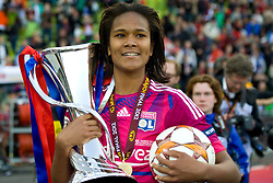 17.05.2012, Olympiastadion, Muenchen, GER, UEFA CL, Finale Damen, Olympic Lyon (FRA) vs FFC Frankurt (GER), im Bild Lyon's french defender Wendie Renard with the trophy and match ball at the UEFA Champions League final for women played at the Olympia Stadion and contested by Olympic Lyon from France and FFC Frankurt from Germany. Lyon won the match 2-0 , Germany on 2012/05/17 . EXPA Pictures © 2012, PhotoCredit: EXPA/ Mitchel Gunn